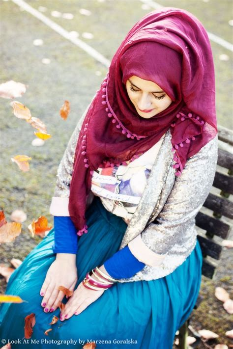 wear hijab   modern styles hijabiworld
