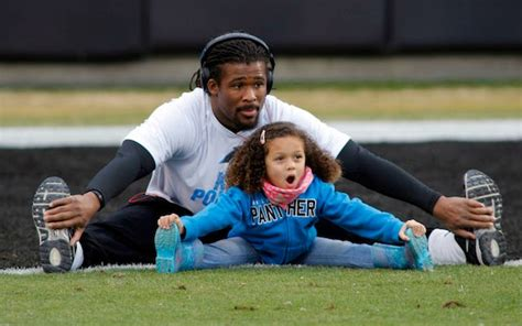 LOOK: DeAngelo Williams stretching with his daughter is ...