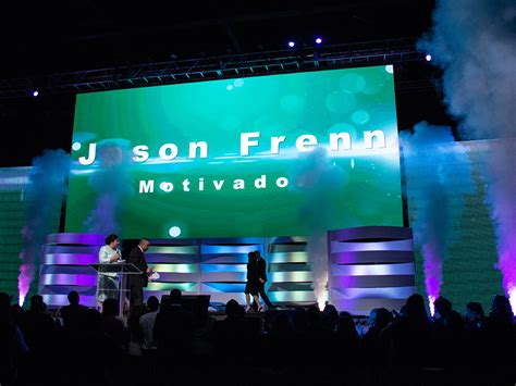 signature equipo vision  led display screen panels