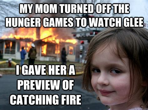 mom turned   hunger games   glee  gave   preview  catching fire