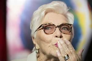 Age Line Renault : pas de retraite pour line renaud 88 ans le point ~ Maxctalentgroup.com Avis de Voitures