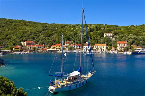 14 Best Greek Islands And How To Choose Which One To Visit