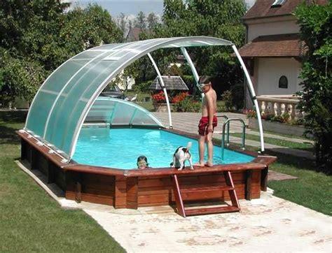 nettoyer sa piscine hors sol conseil pour acheter un abri amovible pour piscine hors sol