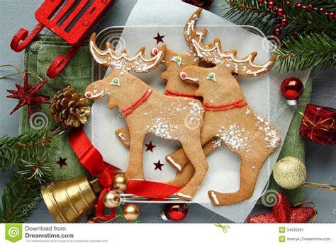 biscuits en forme d 233 lans de no 235 l fait maison avec la d 233 coration de no 235 l image stock image
