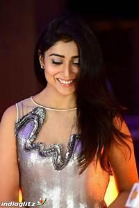 Shriya Saran - Telugu Actress Image Gallery - IndiaGlitz.com