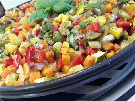cuisine des legumes brunoise de légumes sur plat crisp la recette facile par