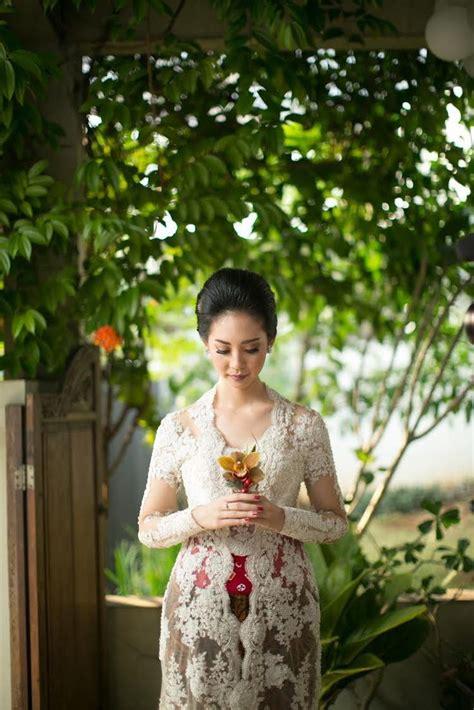 Kebaya Avantie Sets 25 best ideas about kebaya modern dress on
