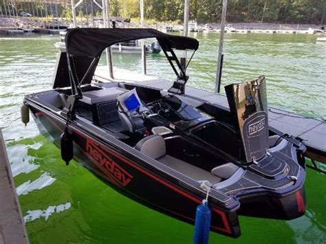 Wt 1 Boat by 2017 Heyday Wt 1 20 Foot 2017 Boat In Buford Ga