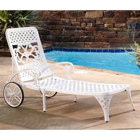 biscayne chaise lounge chair in white 5552 83