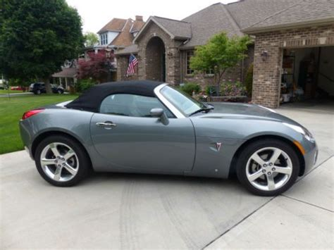 Sell Used 2006 Pontiac Solstice First Edition Excellent