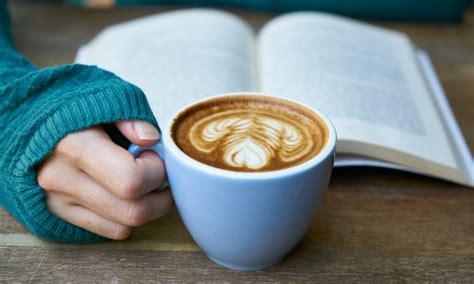 25 grāmatas, kuras izlasīt laikā, kad #PaliecMājās ...