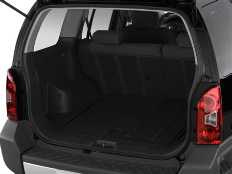 image  nissan xterra wd  door auto  trunk size