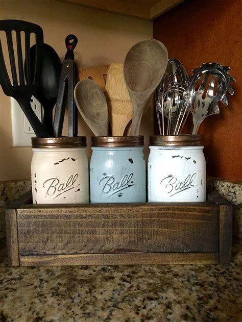 country kitchen utensils 25 best ideas about kitchen utensil holder on 2920