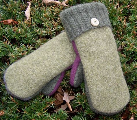 pattern   felted wool mittens  sweaters