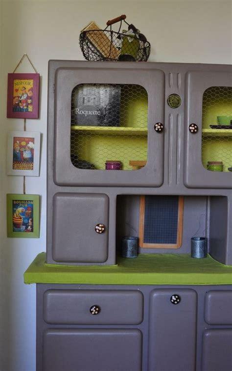 meuble vaisselier cuisine une amusante façon de recycler les meubles de quot mémé quot et d