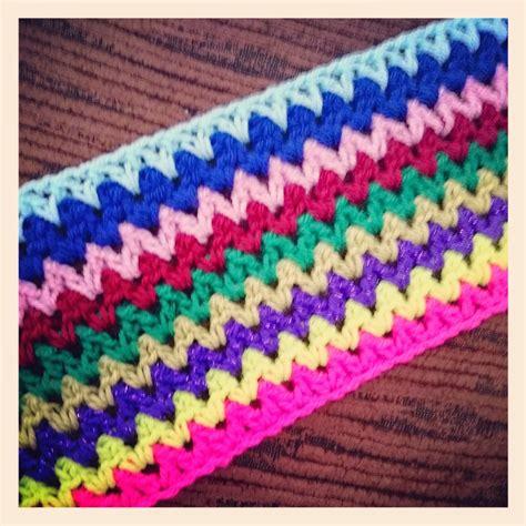 how to crochet av stitch robin sparkles blog crochet v stitch travel blanket my latest crochet wip