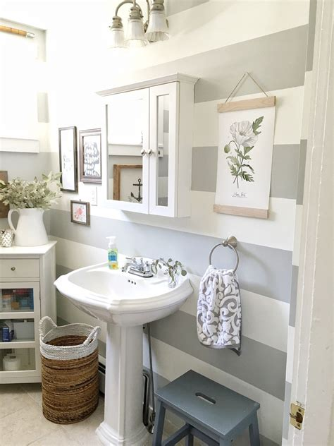 Different types of Art for your walls Bathroom makeover