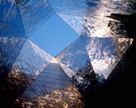 Herzog & de Meuron - Architects - e-architect