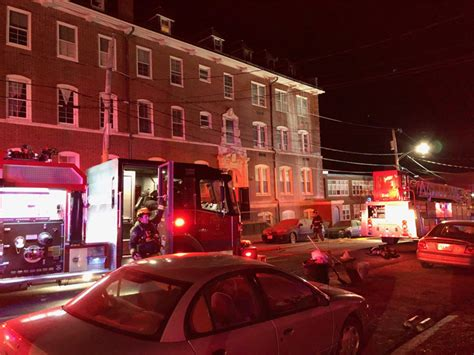 Apartment Buildings For Sale Fall River Ma by Pd 2 Alarm At Fall River Apartment Building Abc6