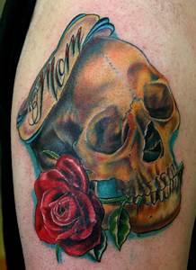 Tatouage De Rose : tatouage rose old school symbolique rose et tattoo rose ~ Melissatoandfro.com Idées de Décoration