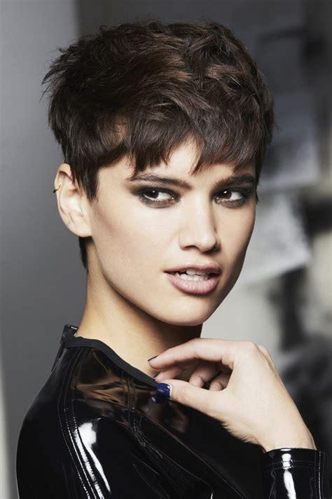 parfait coupe courte femme  ans photo de coiffure courte
