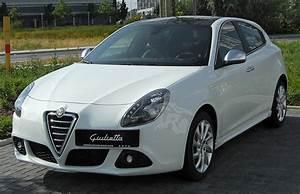 Giulietta Alfa Romeo : alfa romeo giulietta history of model photo gallery and list of modifications ~ Gottalentnigeria.com Avis de Voitures