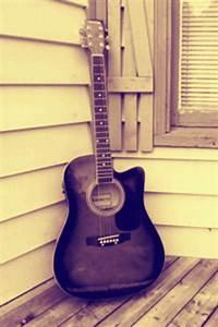 vintage guitar on Tumblr