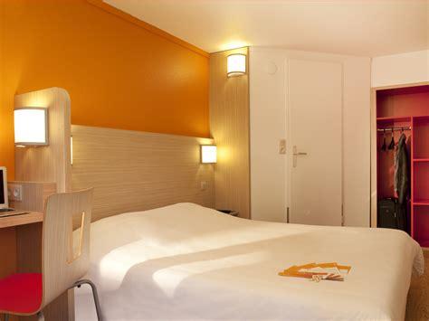 description chambre hotel hôtel première classe caen est 1 étoile dans le calvados