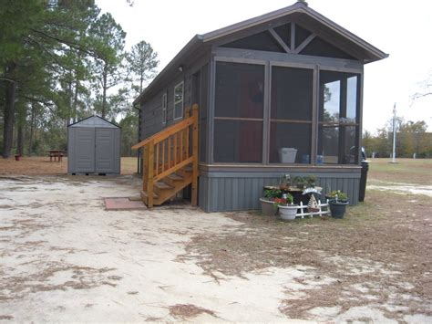shotgun log cabin park tiny house 396 sq ft by dave