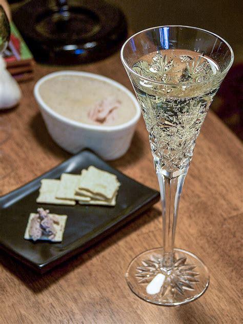 champagne wikiquote