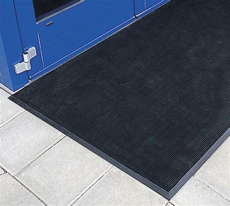 pronged rubber mats  rubber finger tip mats  american