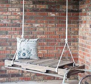 Que Mettre Sur Le Toit D Une Pergola : faire une balancelle de jardin en palette pour 40 deco cool ~ Melissatoandfro.com Idées de Décoration