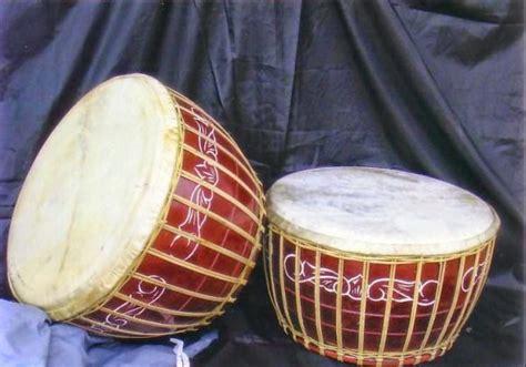 alat musik tradisional  asalnya gambar lengkap