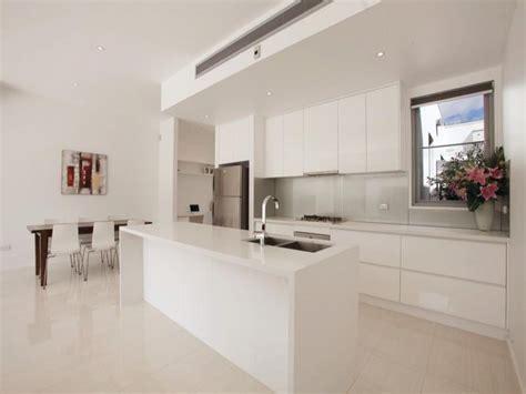 marble design for kitchen 30 modern marble kitchen design ideas 7365