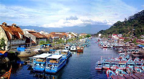 kota padang gateway  tropical paradise sumatera barat