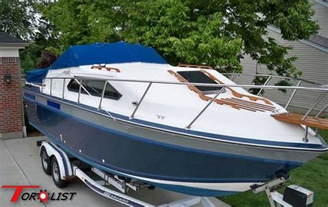 Cabin Cruiser Chaparral Boats by Torquelist For Sale 1985 Chaparral 278 Xlc Cabin