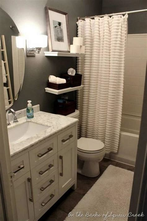 Decorating Ideas For Small Bathroom by 32 Best Small Bathroom Design Ideas And Decorations For 2019