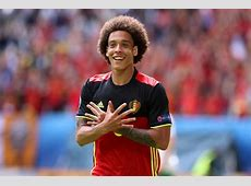 Chelsea & Everton battle for £25m rated Axel Witsel