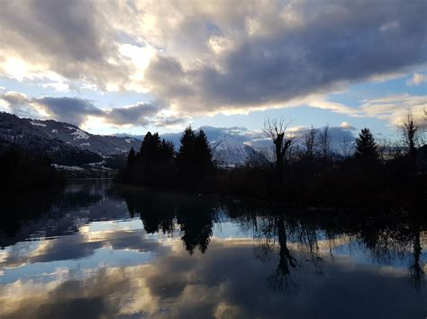 Interlaken private tour to Blue lake and Swiss winter