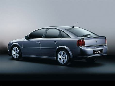 2004 Holden Vectra Review  Top Speed