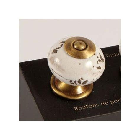 boutons et poignees meubles cuisine bouton de meuble de cuisine bouton de meuble de