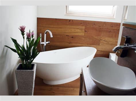 Badezimmer Ideen Mit Eckbadewanne by Badezimmer Idee Como Freistehenden Badewanne Design
