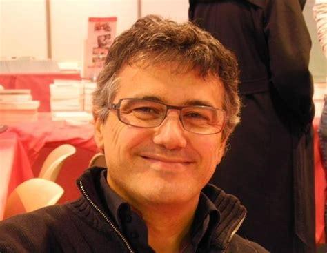 Le port de la barbe déconseillé dans le milieu hospitalier si raser sa barbe. Attentat de Charlie Hebdo : Patrick Pelloux raconte son ...