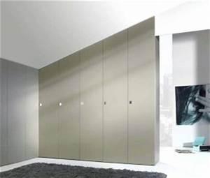 Placard D Angle : portes battantes choisissez les portes biseaut es pour tous vos placards d 39 angle le 18 02 ~ Teatrodelosmanantiales.com Idées de Décoration