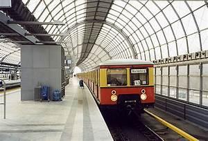Bahnhof Spandau Geschäfte : bahnen im berliner raum s bahn ~ Watch28wear.com Haus und Dekorationen