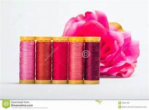 Nuance De Rose : nuances de rose photo stock image du spools nylon passe ~ Melissatoandfro.com Idées de Décoration