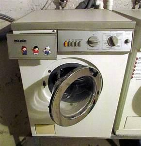 Miele Waschmaschine Entkalken : file miele waschmaschine 09 fcm jpg wikimedia commons ~ Michelbontemps.com Haus und Dekorationen
