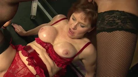 Fisting Porn With Two Aluring Mature Ladies Xbabe Video