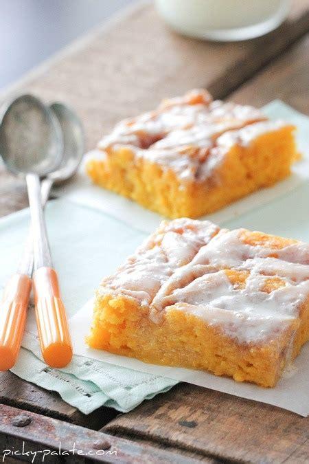 cinnamon roll pumpkin vanilla sheet cake cookn  fun