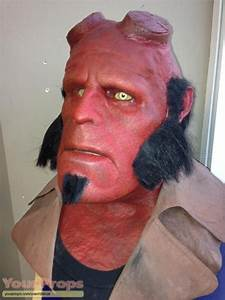 Hellboy screenused Hellboy facial makeup appliences and ...